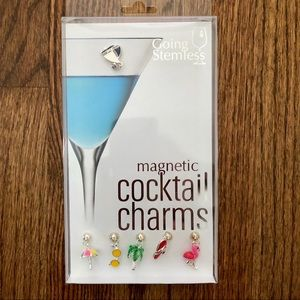 NWT Going Stemless Magnetic Cocktail Charms